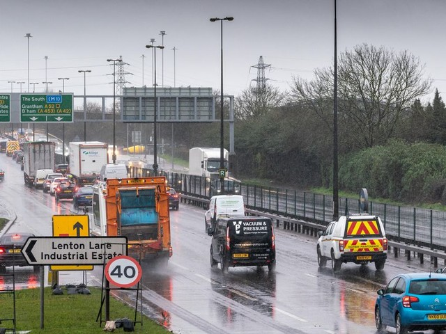 Live: A52 traffic updates across Nottingham as delays continue