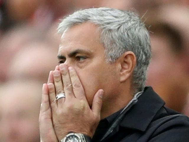Jamie Carragher explains why Manchester United will not win title unless Jose Mourinho improves staggering record