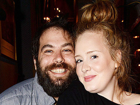 Adele's 'Pouring Her Heart Out' In Studio After Split: Next Album Will Have Songs About Her Ex