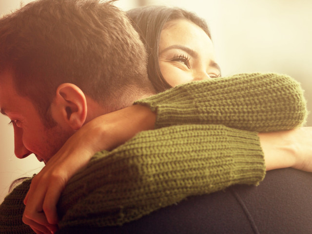 This Is Why You Should Try To Stay Friends With Your Ex (And How To Do It)