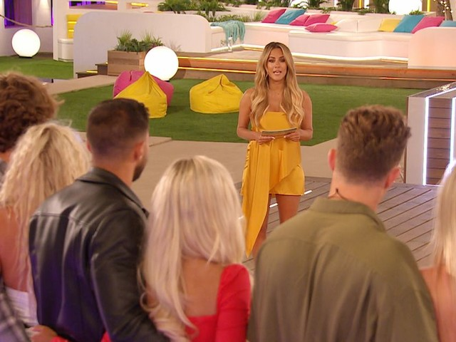 ITV2 Love Island viewers notice Amy's odd reaction during shock double dumping from villa