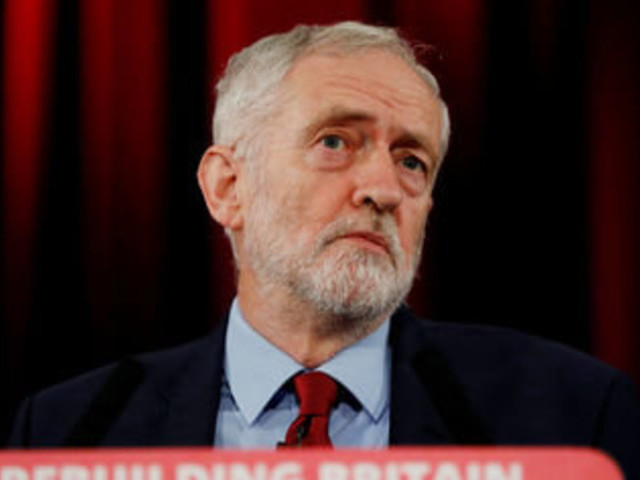 Jeremy Corbyn Calls For MPs To Get The Right To Trigger Second Brexit Referendum