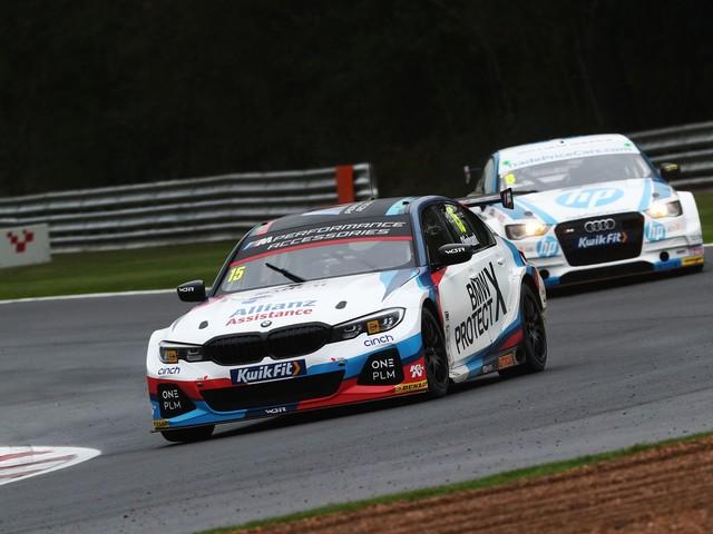 Colin Turkington Wins BTCC Once Again, with BMW 330i M Sport