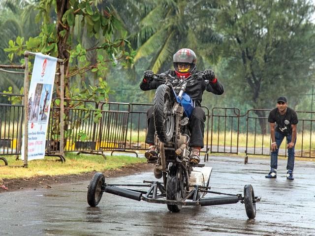 Wheelie Good Time: Wheelie School
