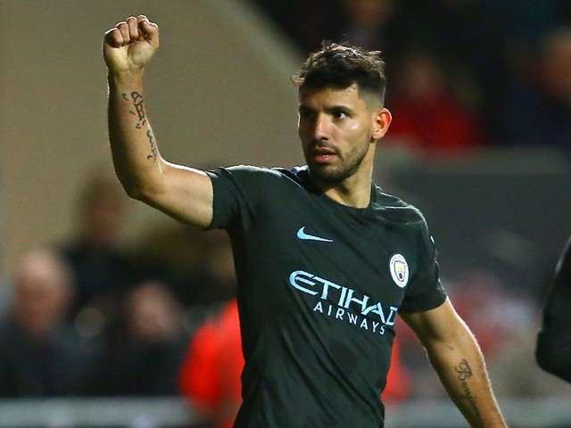 Manchester City player ratings vs Bristol City: Fernandinho and Aguero good