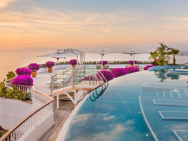 Skip Cabo and Cancun - Puerto Vallarta has a lush coast, beautiful beaches, and these 10 standout hotels