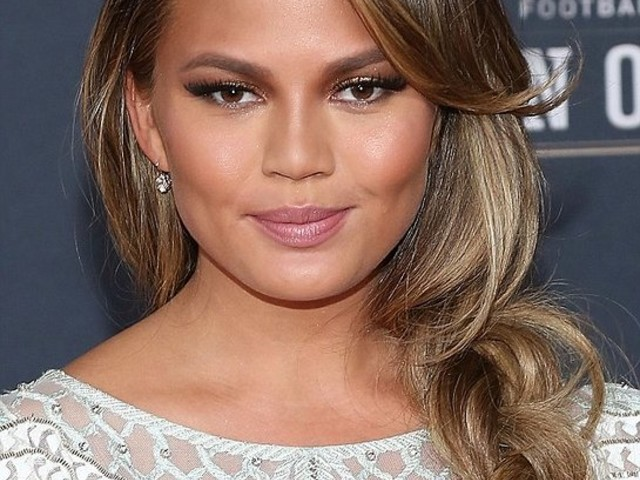 Chrissy Teigen Leads Social Cause Initiative #MyWishForMoms