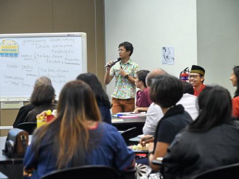Teng bong! Minority languages on the rise in Singapore