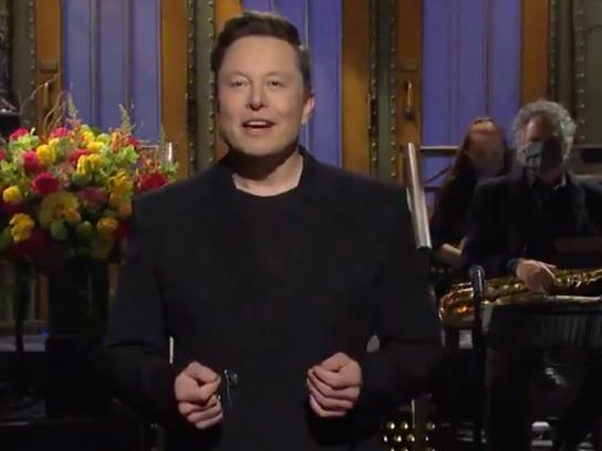 Elon Musk'sSNLMonologue Commits Dan Aykroyd Erasure