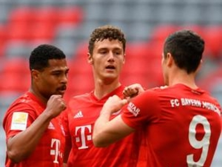 Bayern beats Fortuna 5-0 to take 10-point Bundesliga lead