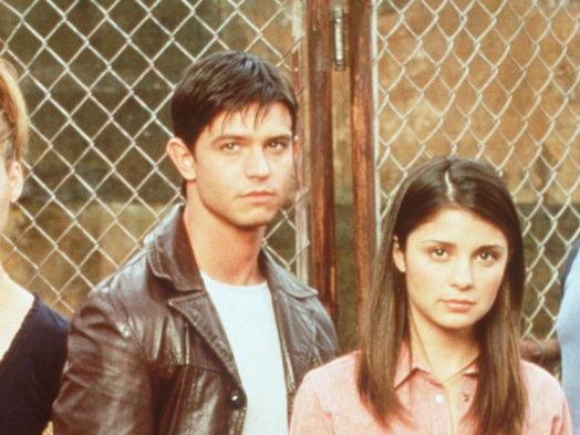 'Roswell' Series Reboot in Development at CW