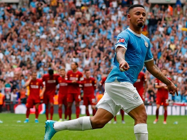 Full-blooded encounter shows Man City and Liverpool's rivalry will go to the wire again