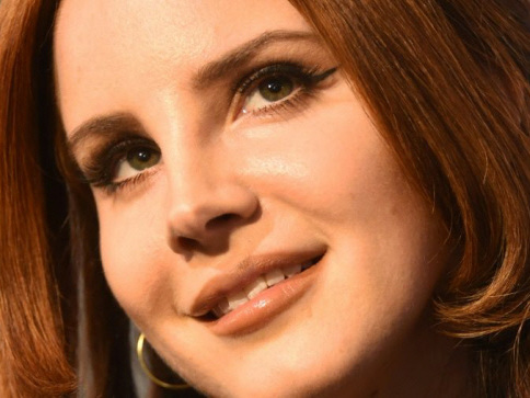 Lana Del Rey's still got summer blues, but lusts for life