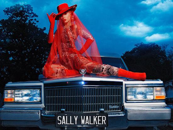 "Graveyard Choreography! Iggy Azalea Teases Her ""Sally Walker"" Video"