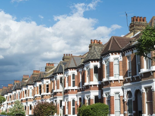 September UK house prices drop for the first time since 2010, as uncertainty over Brexit continues