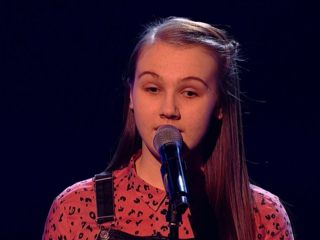 The Voice Kids viewers sob as blind 13-year-old stuns coaches with singing voice