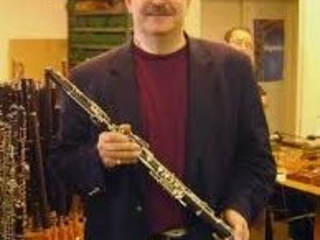 Sudden death of US principal oboe, 61