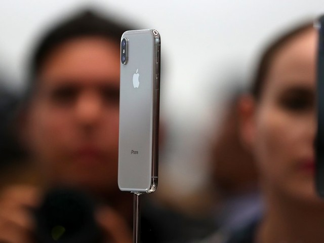 iPhone 8 and iPhone X don't support the new T-Mobile LTE network that cost $8 billion (APPL, TMUS)