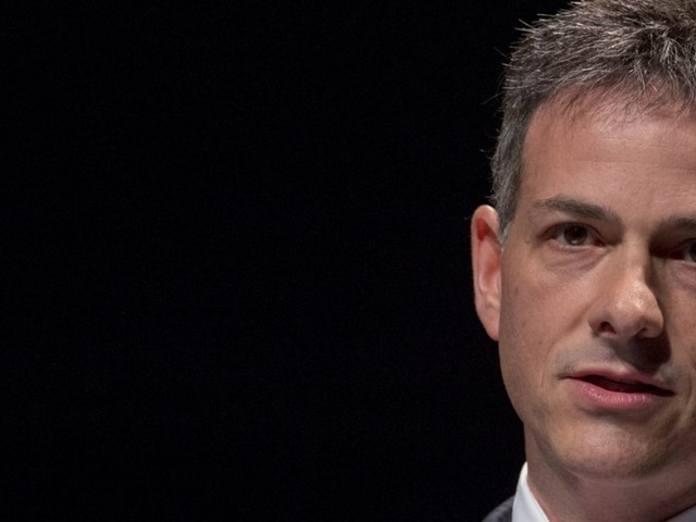 David Einhorn just started one of the most important conversations we can have in a bubble
