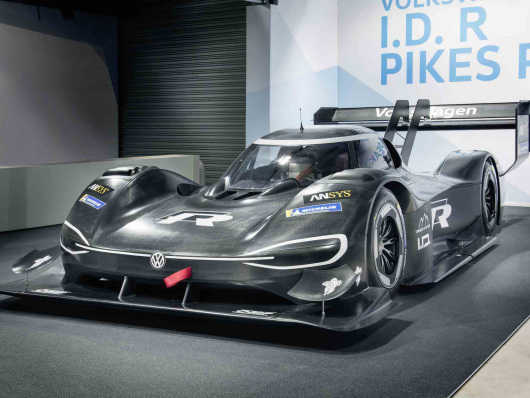 Volkswagen unveils dual-motor 680 hp fully-electric I.D. R Pikes Peak; 0-60 in 2.25s