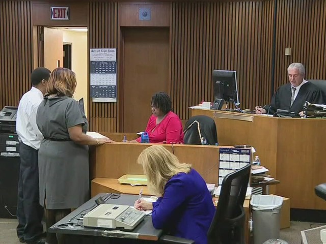 Ballpark employee sentenced to probation for spitting on pizza