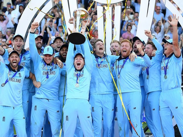 How cricket's absolutely bananas 'Super Over' tiebreaker decided the World Cup
