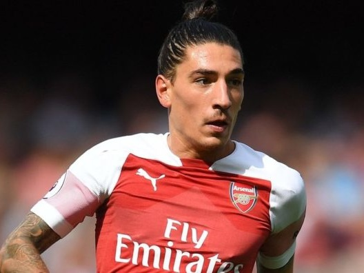 [Video] Watch Bellerin's tendon snap as Arsenal star faces surgery and 9 months out