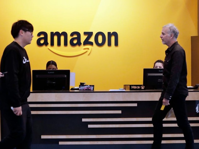 Amazon employees blast the forced return to offices as unfair, and Facebook and Oracle appear to be trying to poach frustrated remote workers (AMZN)