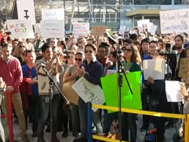 Google Workers Stage Large-Scale Walkout To Protest Trump's Executive Order On Immigration