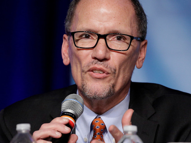 Democratic National Committee Asks Its Entire Staff To Resign