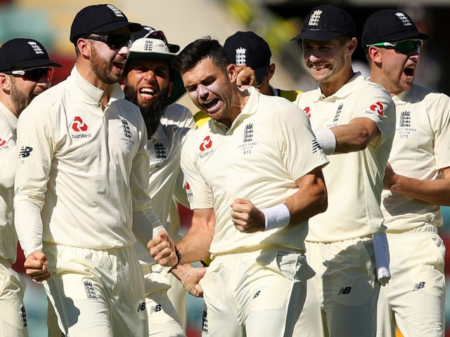 Ashes recap: England exploit fragile Australia on day two in Brisbane