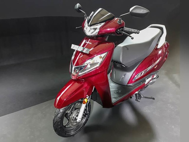 Suzuki, TVS gain scooter market share in April-July 2019