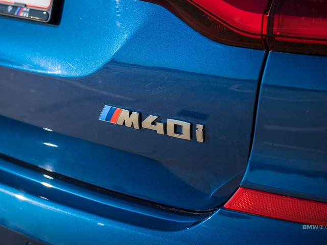 Video: BMW X3 M40i drag races XC60 Polestar and Audi Q5e