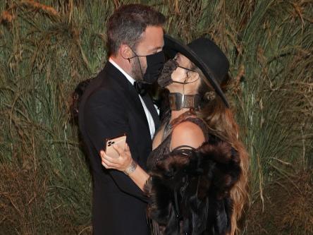 Jennifer Lopez and Ben Affleck 'plan to spend Christmas together'