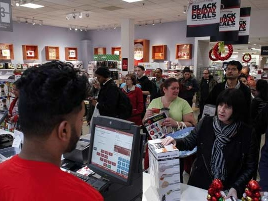 US Shoppers Browse Stores, Buy Online As Black Friday Deals Beckon