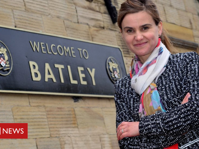 Jo Cox anniversary: PM leads tributes to murdered MP