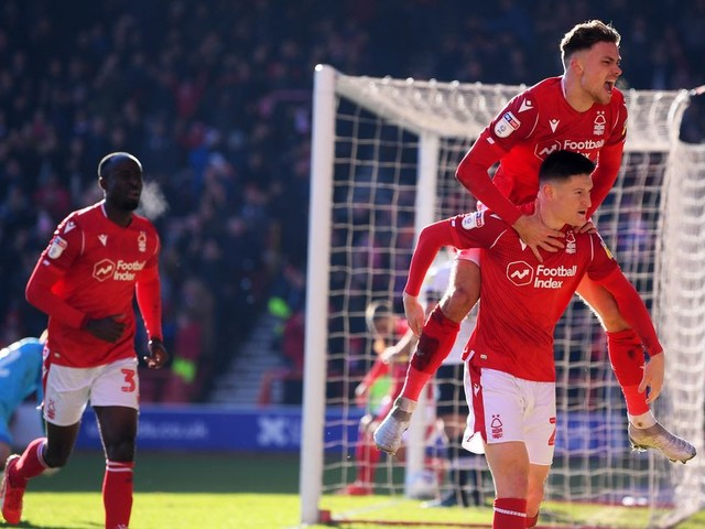 Nottingham Forest LIVE: Joe Lolley brace and Grabban penalty seal 3-1 win for Reds