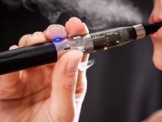 Vapers inspire cigarette quitting
