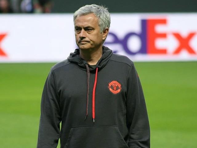 Jose Mourinho questions Ole Gunnar Solskjaer's Man United tactics