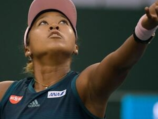 Osaka wins, Djokovic match delayed by rain at Indian Wells