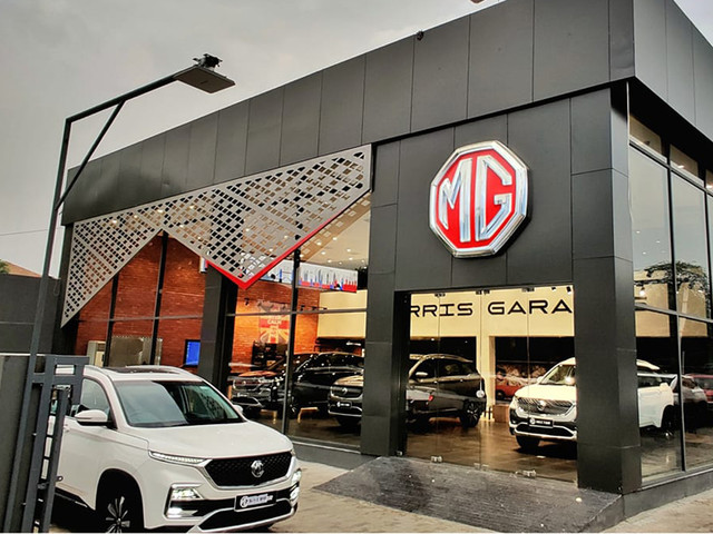 New car, SUV sales up for the first time in two months