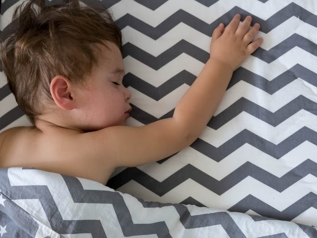 4 Clever Ways to Help your Child Sleep Through the Night