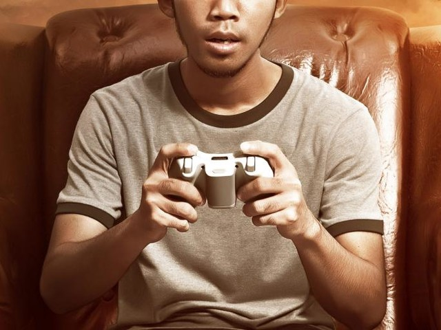 Why Young Men Might Be Playing Video Games Instead of Going to Work