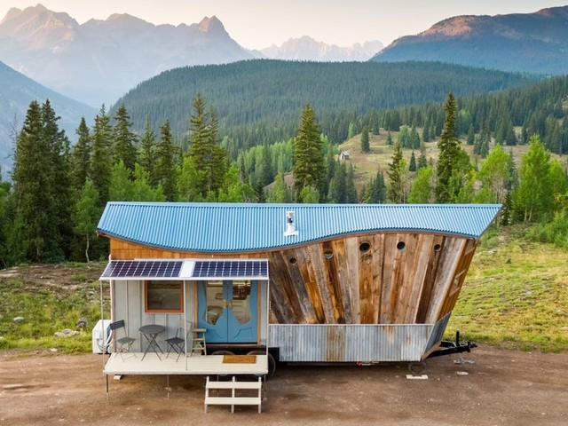 An architect who built his dream tiny home in Colorado shares 30 photos that go behind the scenes of designing a tiny house