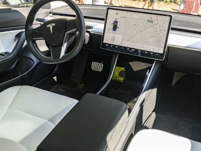 Tesla has figured out a way to efficiently warm your butt