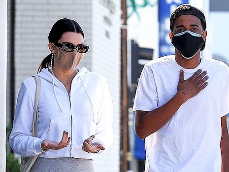 Kendall Jenner Shows Support For Kanye West In Yeezy Slides After Sister Kim Files For Divorce