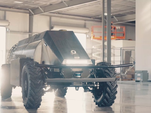 Meet Mini GUSS, the Autonomous Sprayer That Can Take Care of Your Crops by Itself
