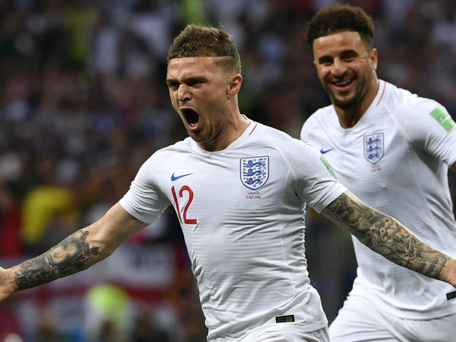 Premier League transfer news: Trippier, Alves, Koscielny, Cabellos, Maguire