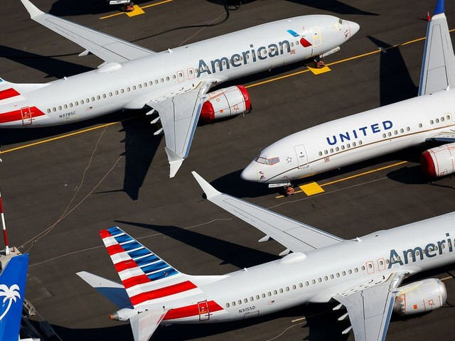 Airlines are delaying new plane deliveries and seeking financing — and that's bad news for Boeing as the 737 Max inches toward its return (BA)