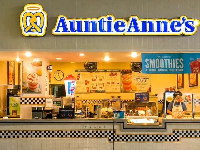 These are the 11 classic food-court chains with the most locations in America